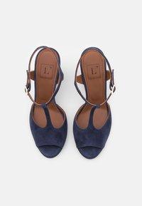 L'Autre Chose - High heeled sandals - abyss - 4