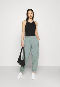 BDG Urban Outfitters - JOGGER PANT - Pantaloni sportivi - teal - 1