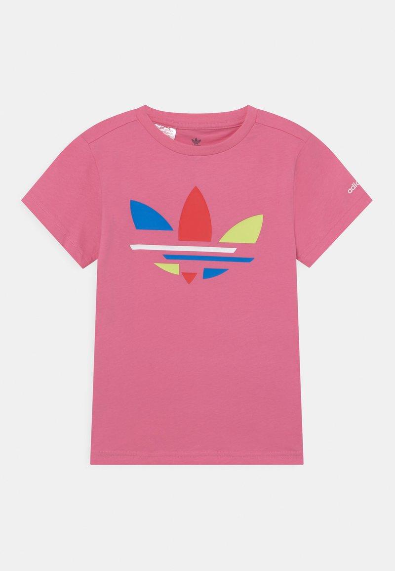 adidas Originals - TEE UNISEX - T-shirt print - rose tone