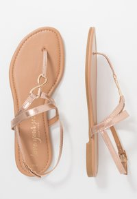 New Look - HOOPER - Flip Flops - rose gold - 1