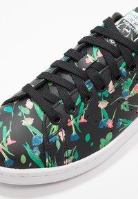 adidas Originals - STAN SMITH - Baskets basses - core black/footwear white - 2
