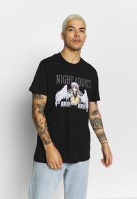 Night Addict - MECH - T-shirts print - black - 0