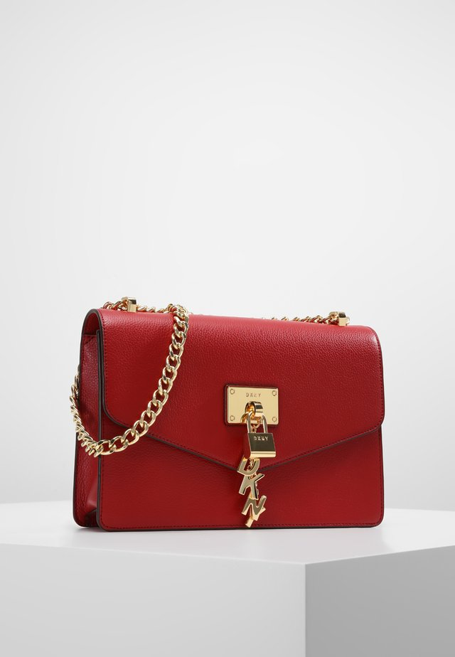 ELISSA SHOULDER - Sac bandoulière - bright red