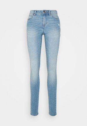 ONLWAUW LIFE  - Jeansy Skinny Fit - light medium blue denim