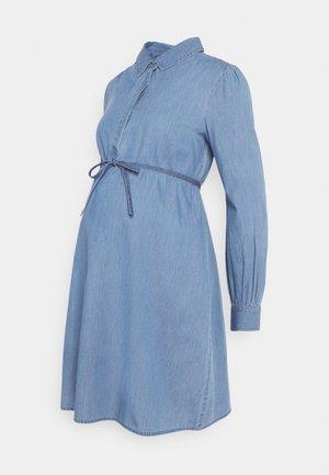DRESS - Denimové šaty - acid blue