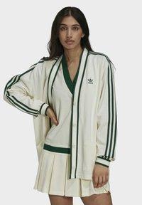 adidas Originals - TENNIS LUXE CARDIGAN ORIGINALS - Chaqueta de punto - off white - 0