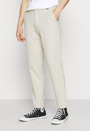 COMFORT SLIM  - Trousers - bleached stone