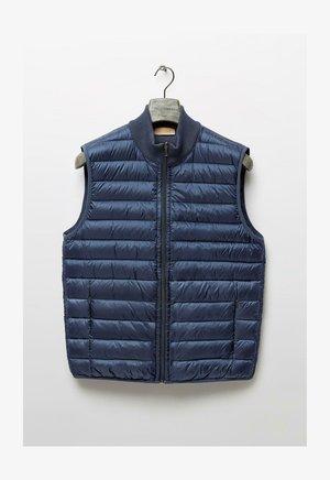 WENDEDAUNEN AUS CASHMERE - Waistcoat - stone blue denim