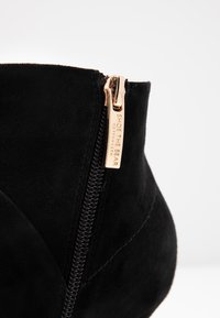 Shoe The Bear - VALENTINE - Ankle Boot - black - 2