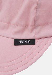 pure pure by BAUER - KIDS MIT NACKENSCHUTZ UNISEX - Klobouk - strawberry cream - 3