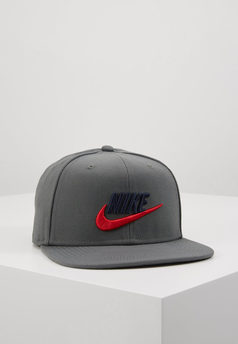 Nike Sportswear - FUTURA PRO UNISEX - Lippalakki - iron grey