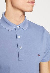 Tommy Hilfiger - Polo shirt - blue - 4