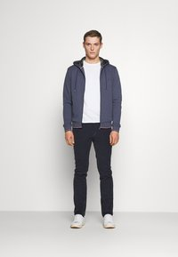 Tommy Hilfiger - BASIC HOODY - veste en sweat zippée - faded indigo - 1