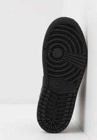 Jordan - Zapatillas de baloncesto - black - 5