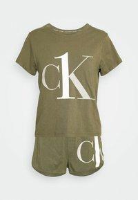 Calvin Klein Underwear - ONE SLEEP PRIDE SET - Pyjama set - muted pine - 4