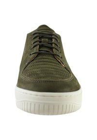 EKN Footwear - ARGAN - Trainers - olive - 4