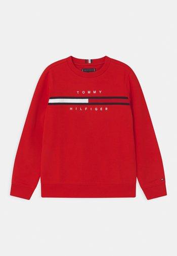 FLAG INSERT  - Sweatshirt - deep crimson