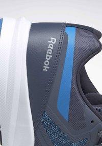 Reebok - REEBOK RUNNER 4.0 SHOES - Neutral running shoes - blue - 8