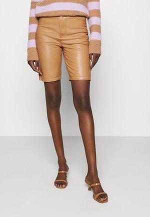 BOI  - Shorts - beige