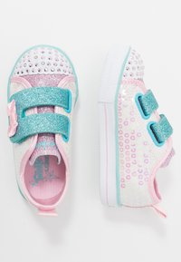 Skechers - SHUFFLE LITE - Sneakers laag - white/pink - 1