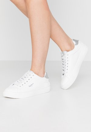 ADAMS LAMU - Trainers - white