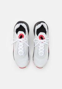 Nike Sportswear - AIR MAX 2090 UNISEX - Sneakers laag - photon dust/white/black/university red - 3