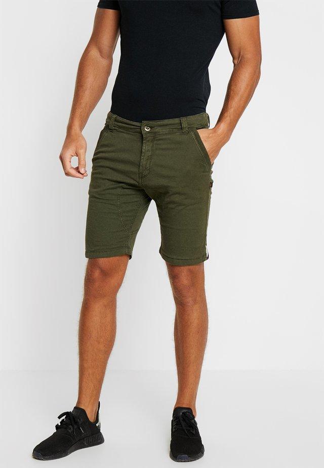 KEROSENE - Shorts - dark oliv