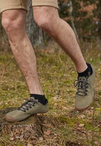 Merrell - VAPOR GLOVE LUNA - Minimalist running shoes - dusty olive - 4
