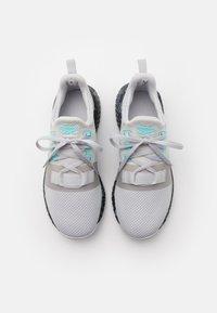 Reebok - FLASHFILM TRAIN 2.0 - Sports shoes - grey/core black - 3