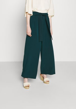 Trousers - rain forest