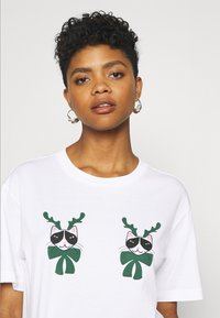 Monki - TOVI TEE - Print T-shirt - white - 3