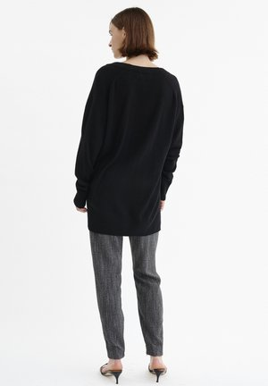 IRISIW V-NECK - Jumper - black