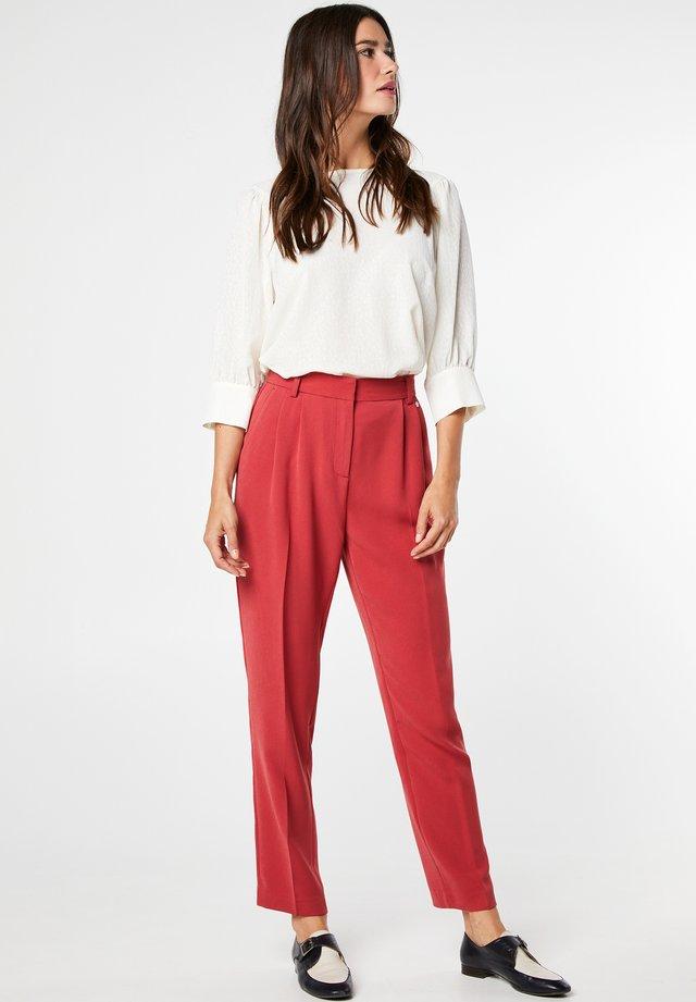 Trousers - garnet
