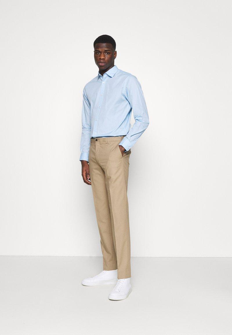 Jack & Jones - JJJOE 2 PACK - Skjorta - cashmere blue/white