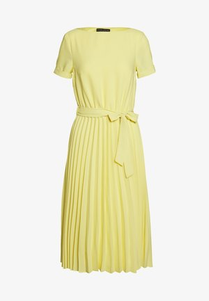 SLEEVE KEYHOLE PLEATED MIDI DRESS - Denní šaty - sunshine yellow