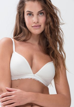 BH OHNE BÜGEL SERIE LUXURIOUS - Underwired bra - champagner