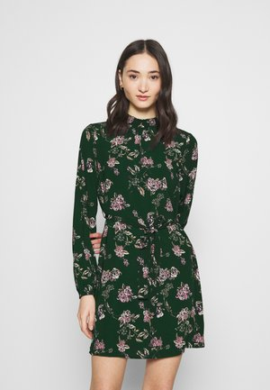 Day dress - pine grove/hedvig