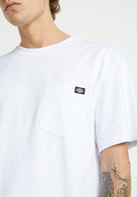 Dickies - PORTERDALE POCKET - Basic T-shirt - white - 7