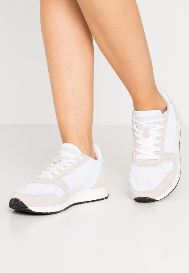 YDUN FIFTY - Sneakers laag - bright white