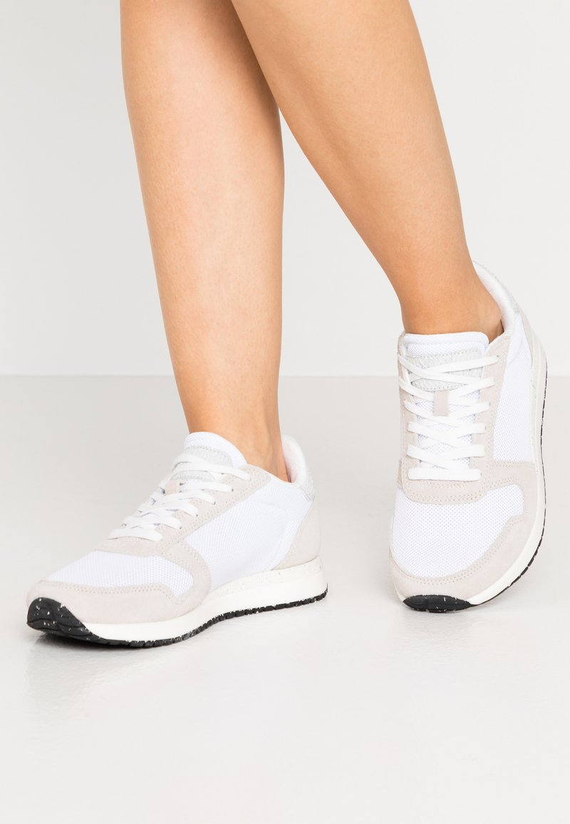 Woden - YDUN FIFTY - Trainers - bright white