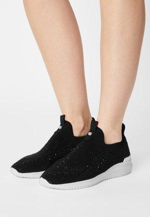 RHAEN - Sneakers basse - black