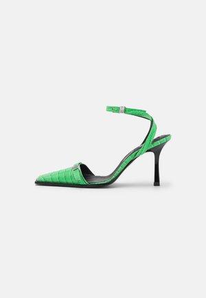 SCARPA DONNA WOMAN'S SHOES - Korolliset sandaalit - green