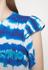 Love Moschino - Print T-shirt - light blue - 3