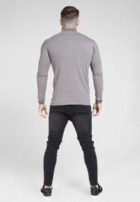 SIKSILK - LONG SLEEVE CHAIN COLLAR CUFF - Maglietta a manica lunga - grey - 2