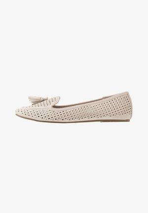 KAZZY - Įmautiniai batai - offwhite