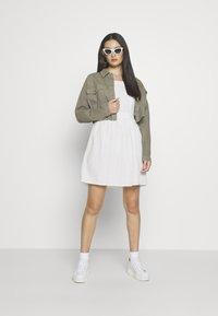Superdry - BLAIRE BRODERIE DRESS - Sukienka letnia - chalk white - 1