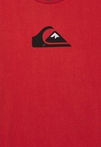 Quiksilver - LOGO  - Printtipaita - american red - 2