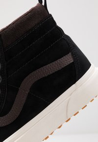 Vans - SK8 MTE UNISEX - High-top trainers - black/chocolate torte - 6