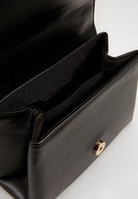Topshop - SHELL TROPHY - Across body bag - black - 4
