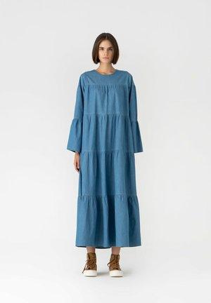 Maxi dress - light denim